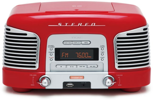 TEAC-Retro-Radio-CD-Player